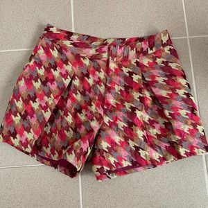 Houndstooth plaid trouser shorts